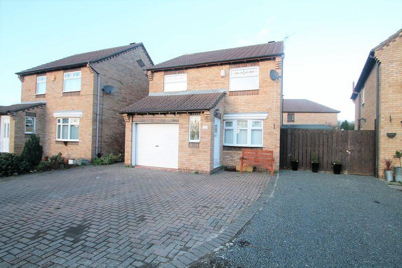 3 Bedrooms Detached House for sale in Springwell Close, Billingham