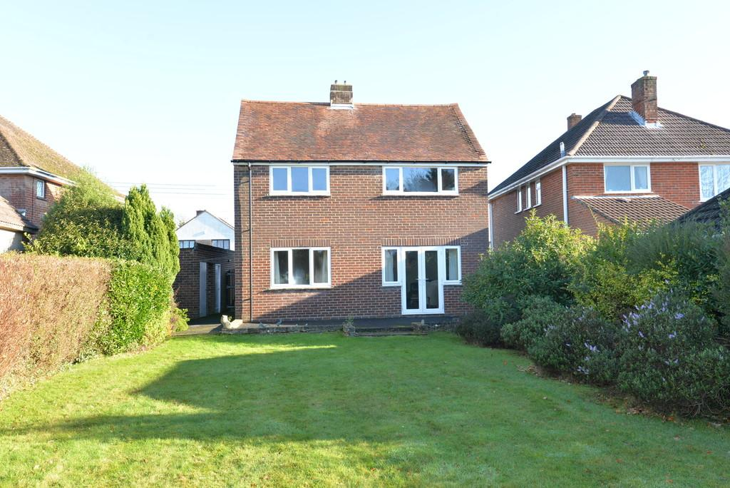 2 Bedrooms Detached House for sale in Vincent Road, New Milton