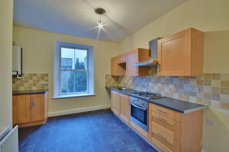 2 Bedrooms Maisonette Flat for sale in Central Place, Haltwhistle