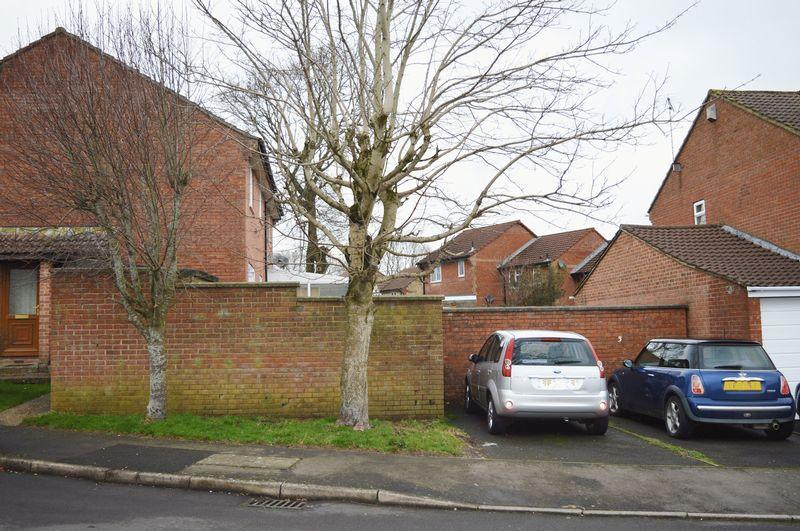 1 Bedroom Semi Detached House for sale in Helmstedt Way, Chard