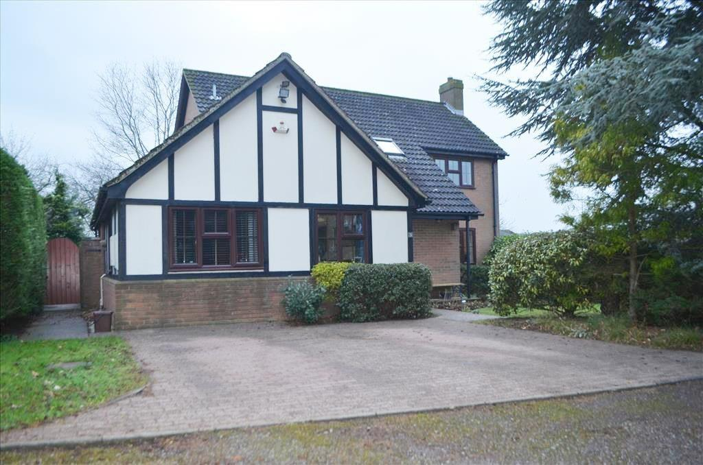 3 Bedrooms Detached House for sale in Barnwell Rise, Potton, SG19