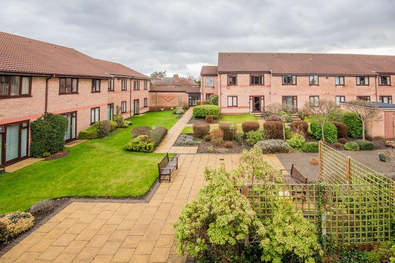 1 Bedroom Retirement Property for sale in Oulton Court, Warrington