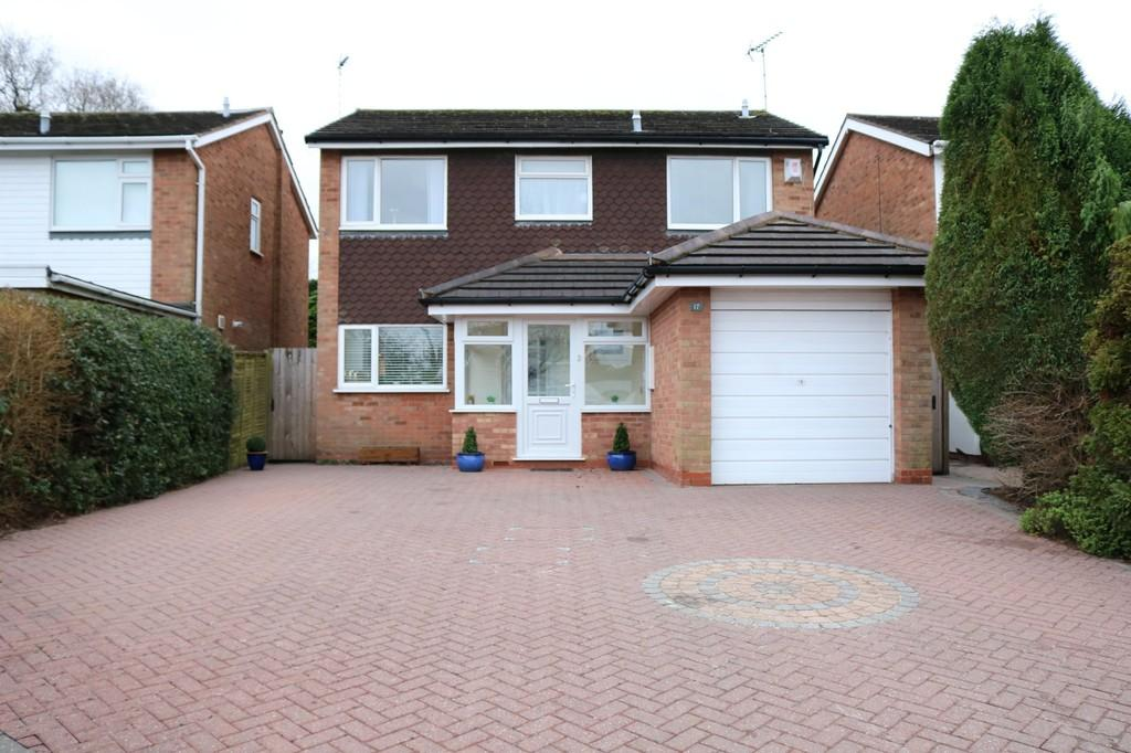 4 Bedrooms Detached House for sale in Gilberry Close, Knowle