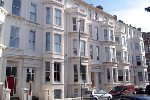 2 bedroom flat to rent - Carlton House, Western Parade, PO5 3ED