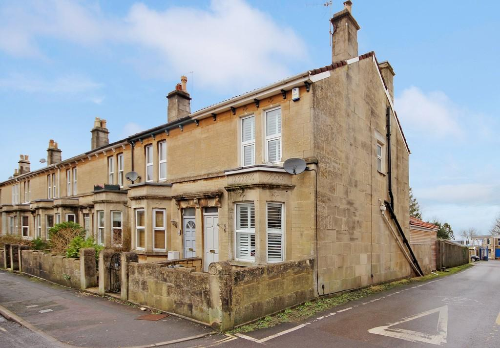 4 Bedrooms End Of Terrace House for sale in Hawthorn Grove, Combe Down, Bath