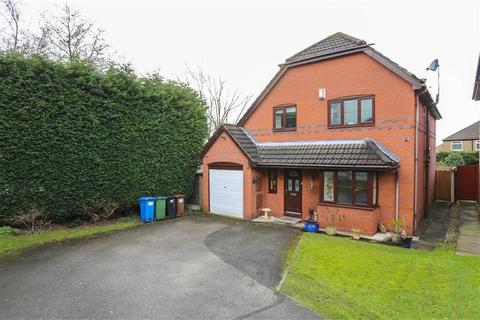 4 bedroom detached house for sale - Locksley Close, Heaton Norris