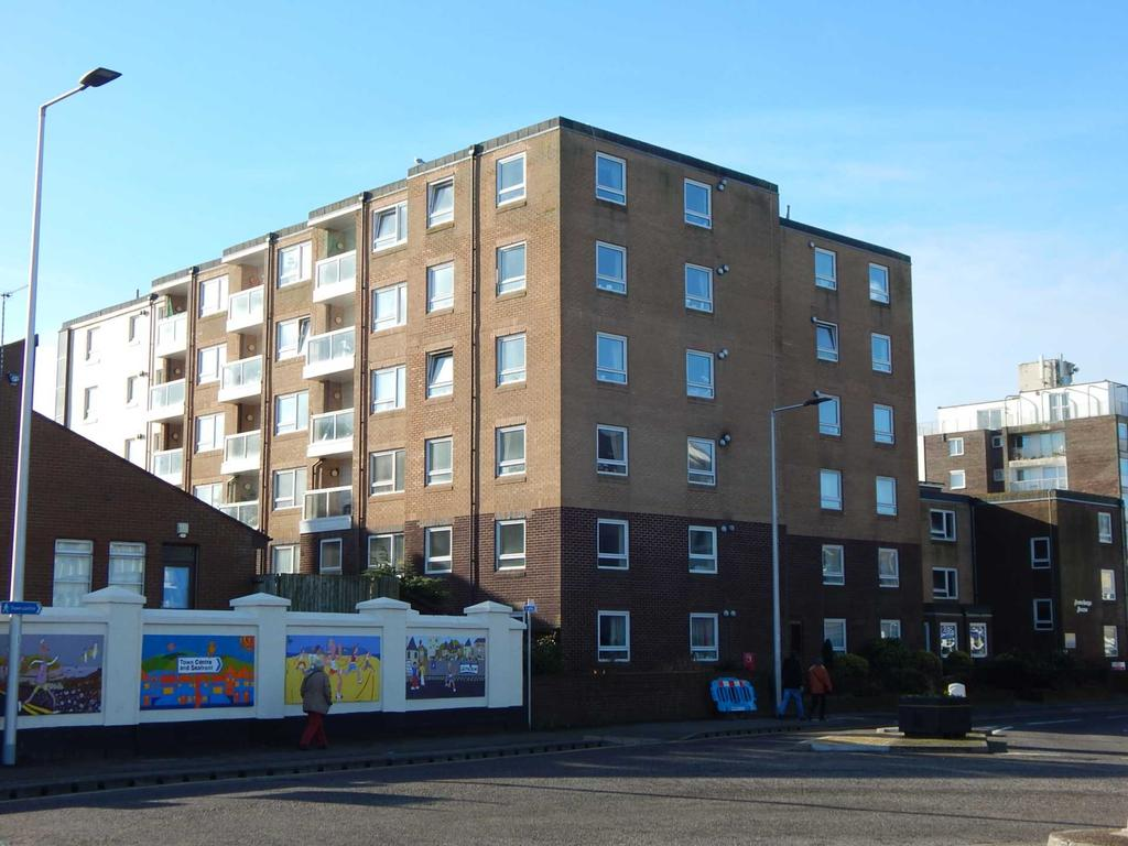1 Bedroom Retirement Property for sale in Homebaye House, Harbour Rd, Seaton