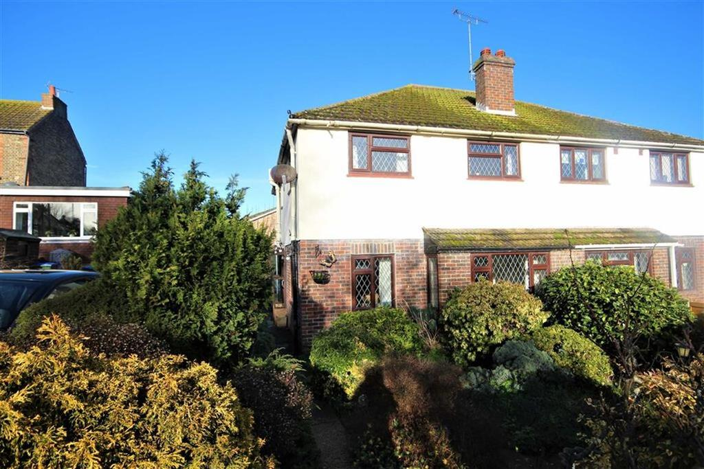 3 Bedrooms Semi Detached House for sale in Meeching Rise, Newhaven