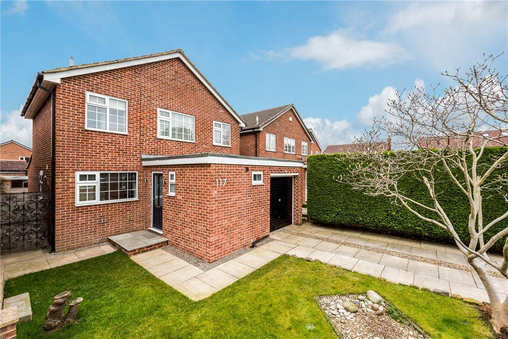 3 Bedrooms Detached House for sale in Prince Rupert Drive, Tockwith, York, North Yorkshire