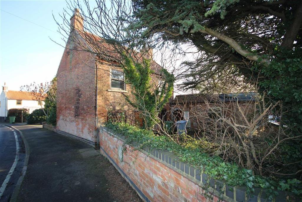 3 Bedrooms Detached House for sale in Main Street, Upton, Newark, Nottinghamshire