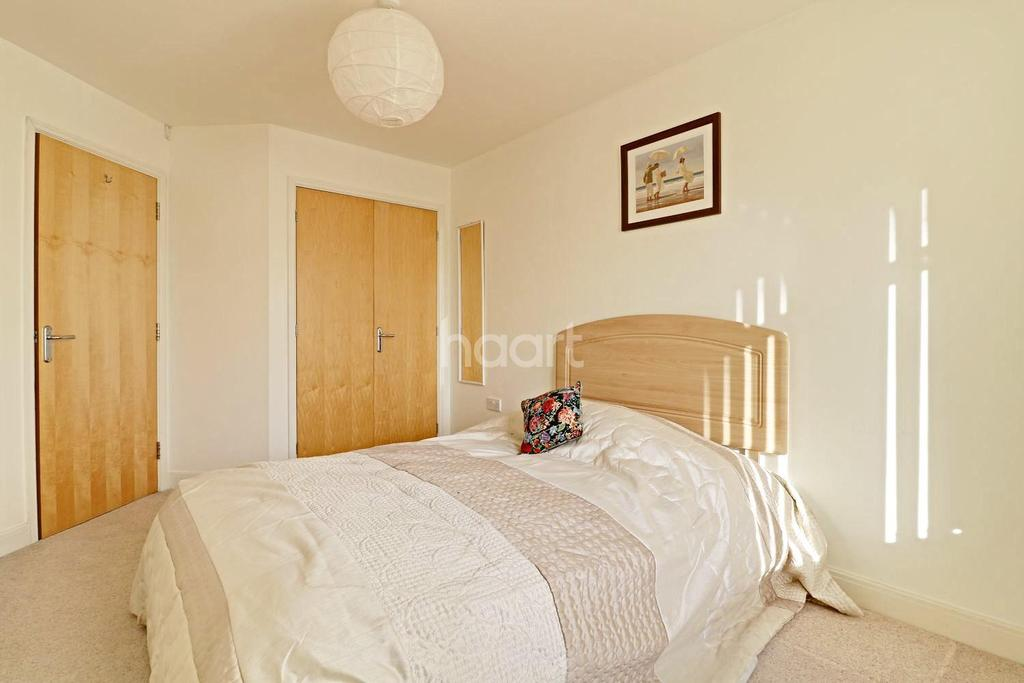 2 Bedrooms Flat for sale in The Savoy