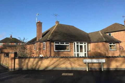 3 bedroom bungalow for sale - Holmfield Avenue East, Leicester