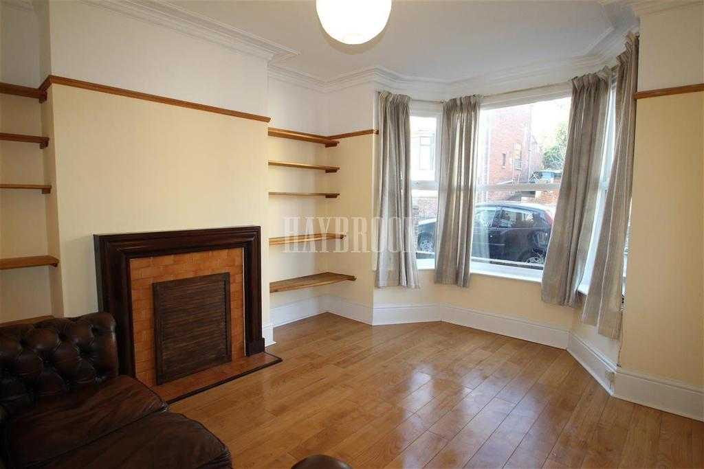3 Bedrooms Terraced House for rent in Peveril Road, Sheffield S11
