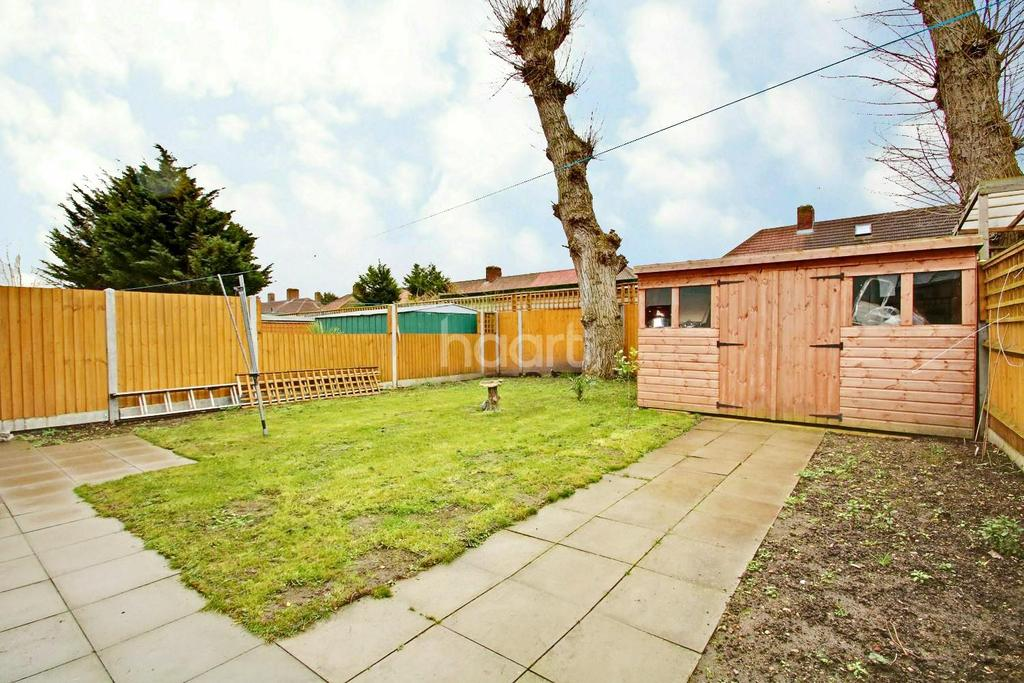 3 Bedrooms End Of Terrace House for sale in Kean Crescent, Dagenham