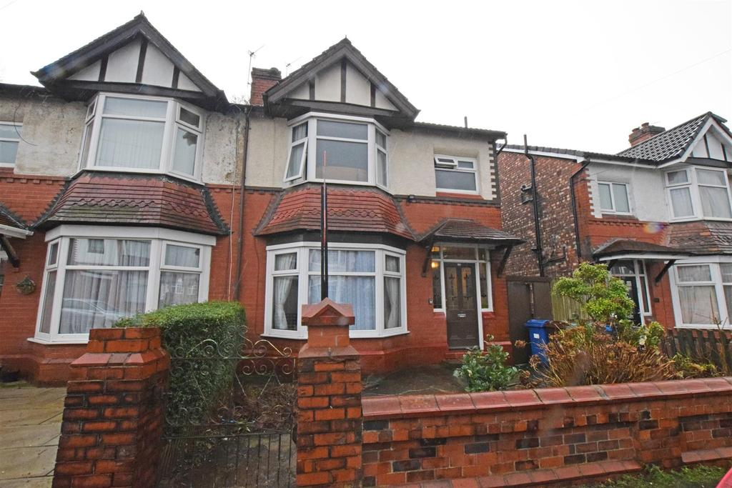 3 Bedrooms Semi Detached House for sale in Albert Avenue, Prestwich, Manchester