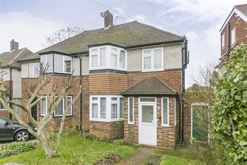 3 Bedrooms Semi Detached House for sale in Cunliffe Road, Stoneleigh, Surrey