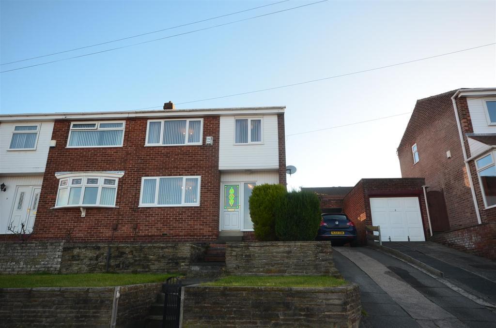 3 Bedrooms Semi Detached House for sale in Hylton Walk, South Hylton, Sunderland