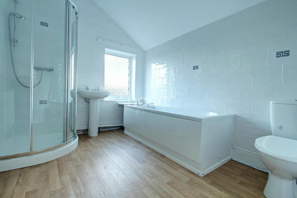 2 Bedrooms Terraced House for sale in St Chads Road, Derby