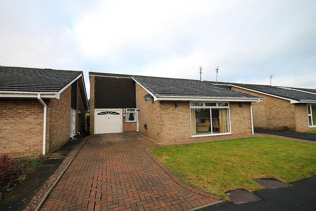 3 Bedrooms Detached Bungalow for sale in Hollowdene, Crook
