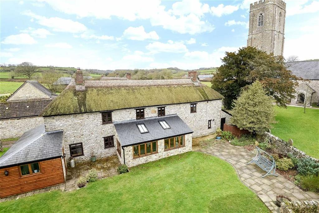 4 Bedrooms Detached House for sale in Stockland, Honiton, Devon, EX14