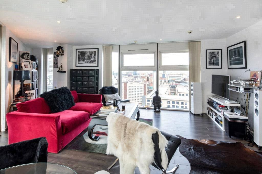 2 Bedrooms Flat for sale in The Cube East 200, Wharfside Street, Birmingham, West Midlands, B1