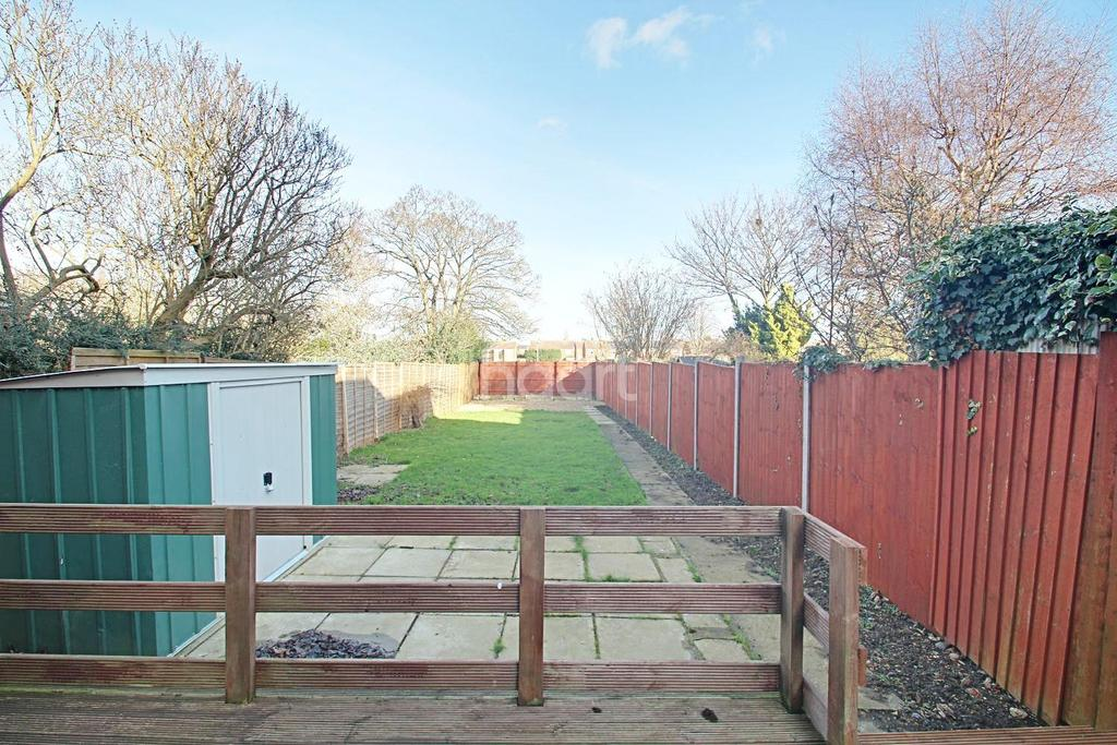 3 Bedrooms Semi Detached House for sale in Fulbridge Road, Walton, Peterborough