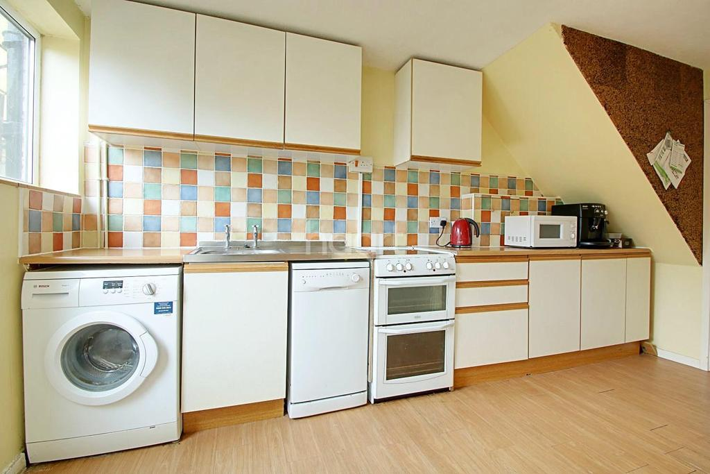 2 Bedrooms Terraced House for sale in Lawrence Way, Cambridge