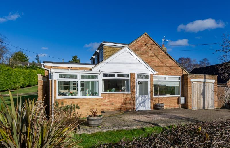 4 Bedrooms Detached House for sale in Rousham Road, Tackley, Kidlington, Oxfordshire