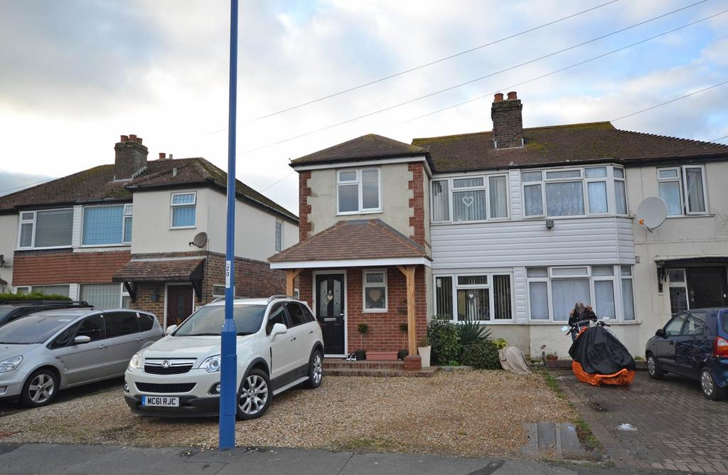 3 Bedrooms Semi Detached House for sale in Chichester Road, Selsey, PO20