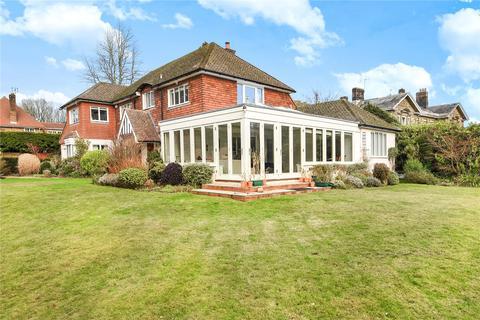 5 bedroom detached house to rent - Nevill Park, Tunbridge Wells, Kent, TN4