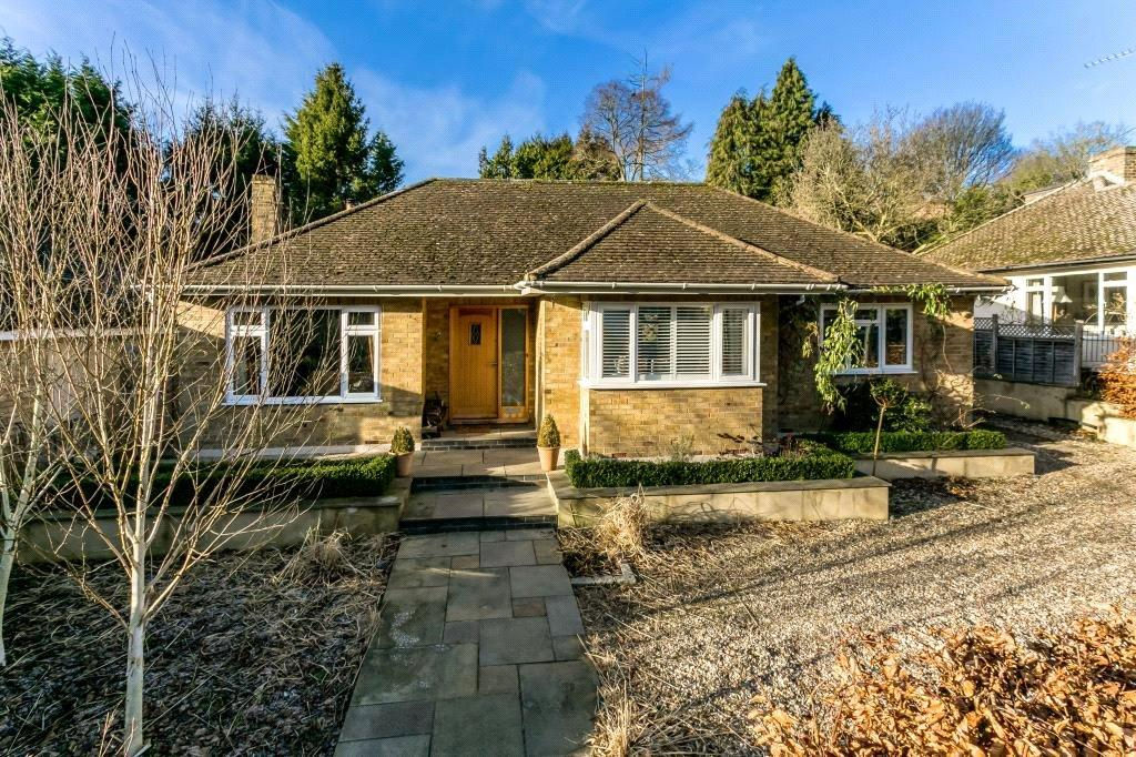3 Bedrooms Detached Bungalow for sale in Cherry Drive, Forty Green, Beaconsfield, Buckinghamshire, HP9