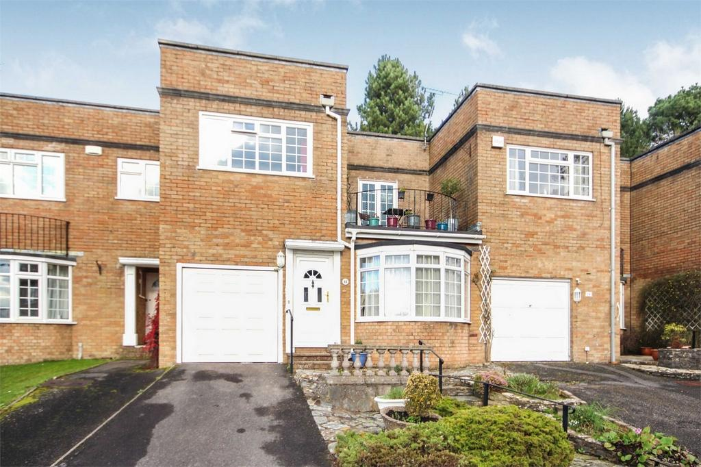 3 Bedrooms Terraced House for sale in Kensington Drive, Westbourne, BOURNEMOUTH, Dorset