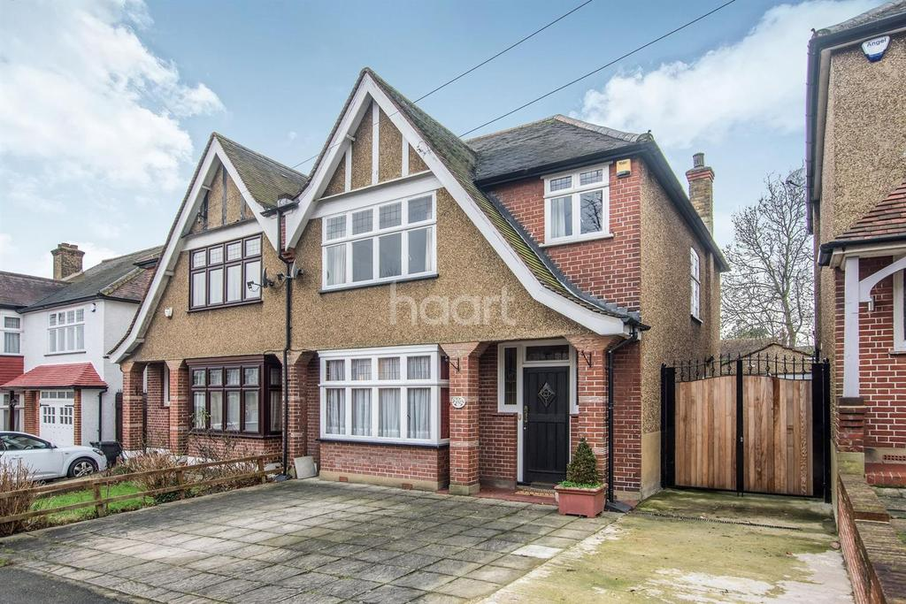 3 Bedrooms Semi Detached House for sale in Biggin Hill, Crystal Palace, SE19