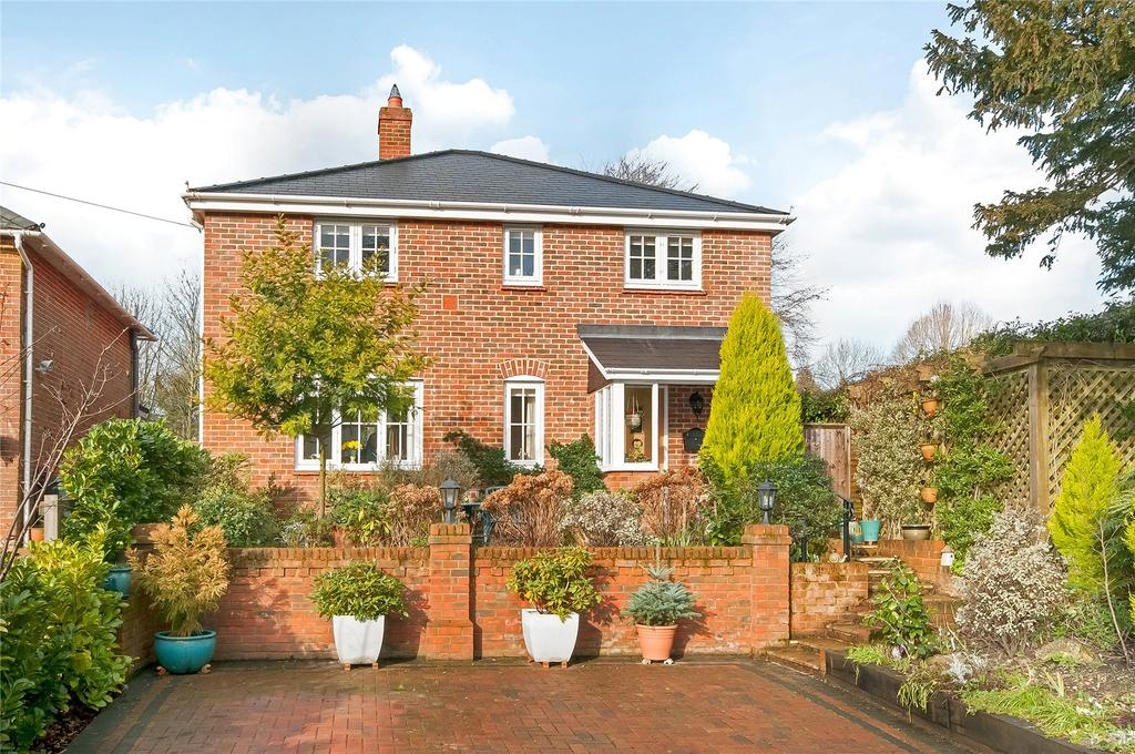 3 Bedrooms Detached House for sale in Knapp Lane, Ampfield, Romsey, Hampshire, SO51