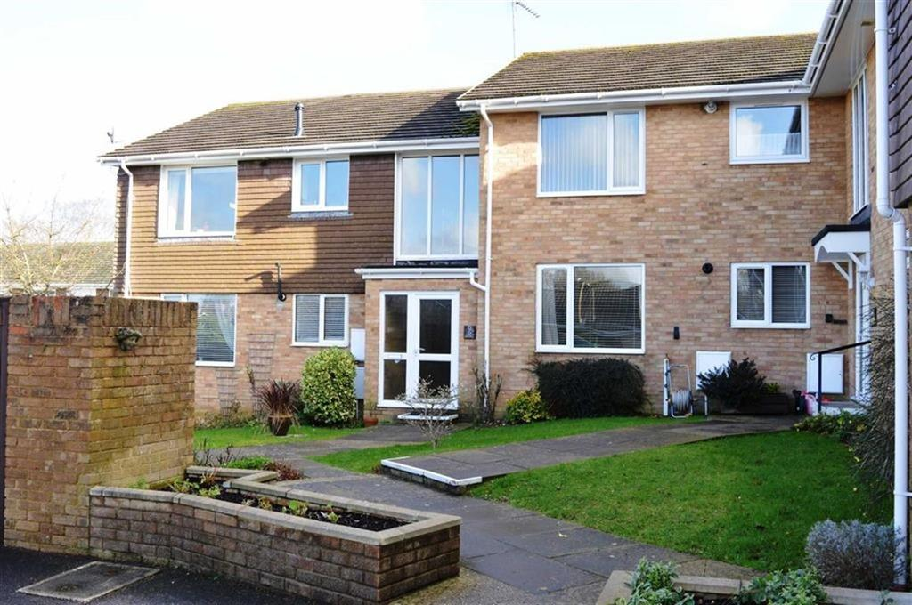 2 Bedrooms Flat for sale in Merley Lane, Wimborne, Dorset