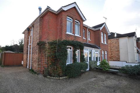 3 bedroom semi-detached house to rent - Branksome