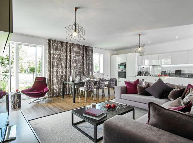 2 Bedrooms Apartment Flat for sale in Aura, Long Road, Cambridge