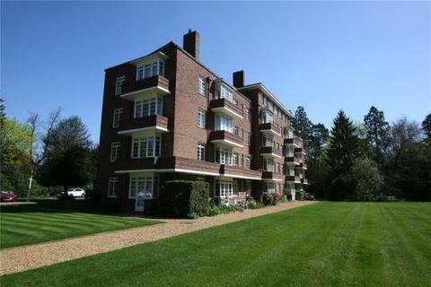 3 bedroom apartment to rent - Grange Court, Pinehurst, Grange Road, Cambridge