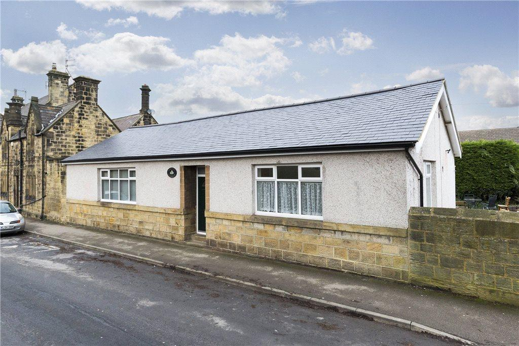 4 Bedrooms Detached House for sale in New Street, Farsley, Pudsey, West Yorkshire