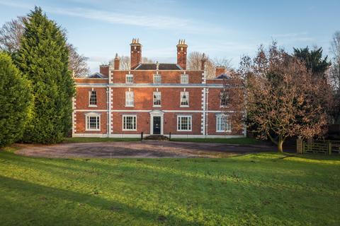 6 bedroom detached house to rent - Park Road, Willaston, Nantwich