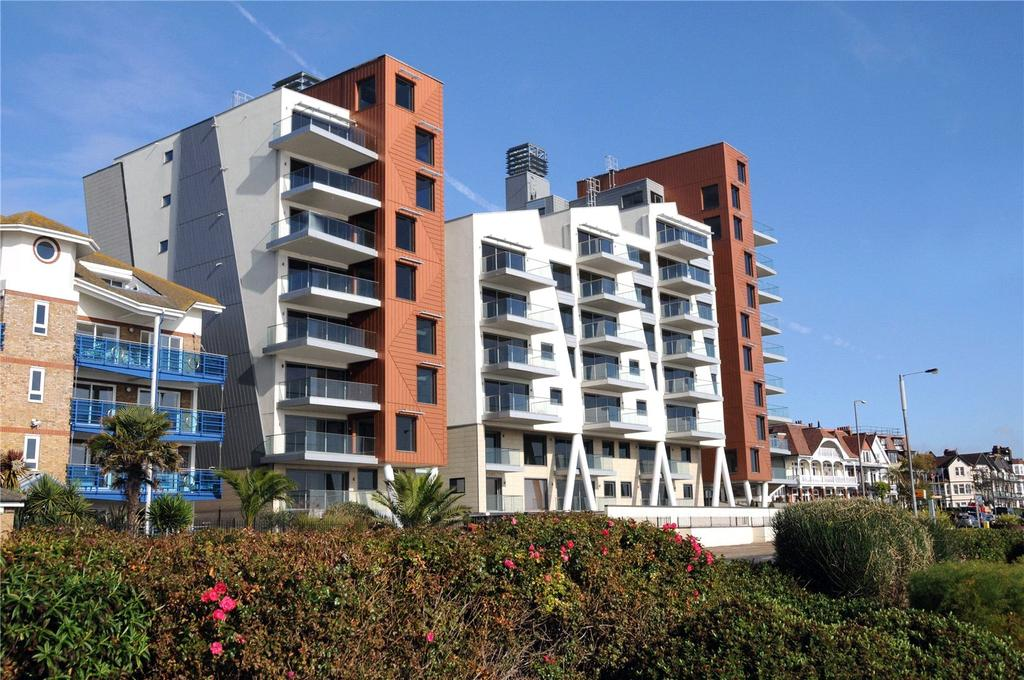 2 Bedrooms Flat for sale in E18 The Shore, 22-23 The Leas, Westcliff On Sea, Essex, SS0