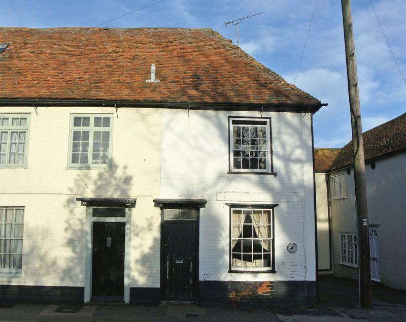 2 Bedrooms Semi Detached House for sale in High Street, Littlebourne
