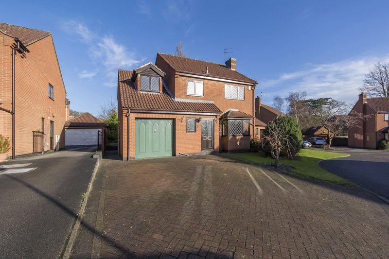 4 Bedrooms Detached House for sale in STONESBY CLOSE, OAKWOOD
