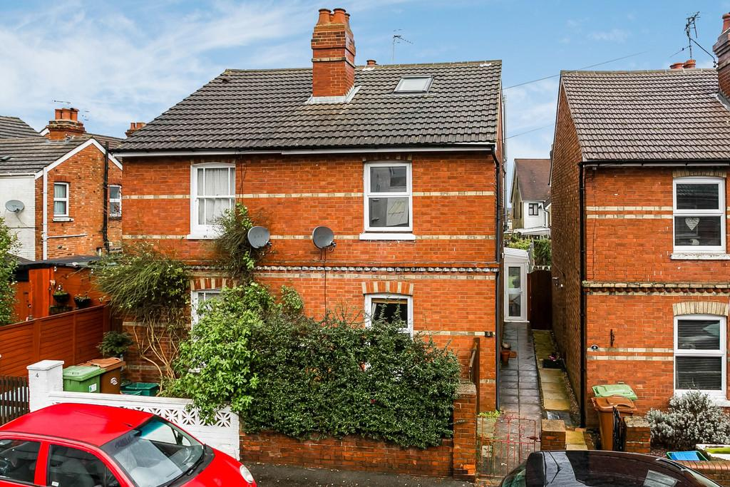 3 Bedrooms Semi Detached House for sale in Nursery Road, Tunbridge Wells