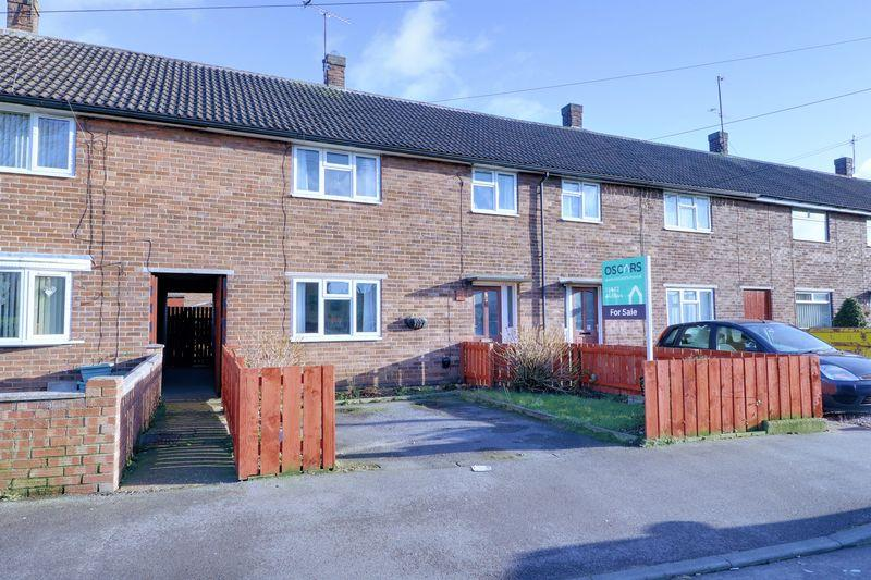 3 Bedrooms Terraced House for sale in Stonebridge Avenue, Hull