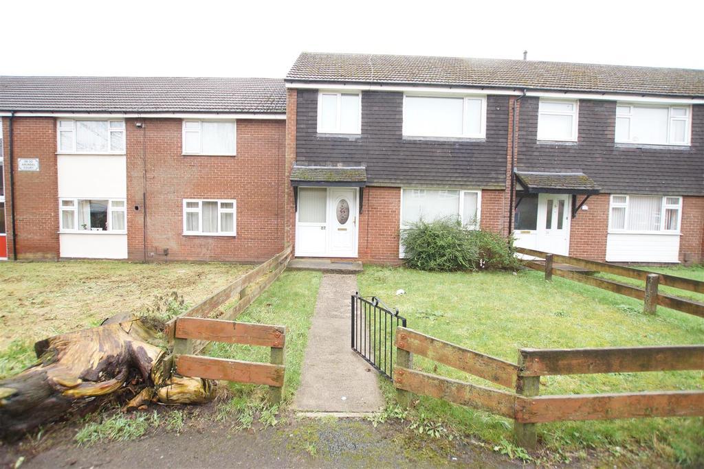 3 Bedrooms Terraced House for rent in Arundel Court Ellesmere Port CH65 9ES
