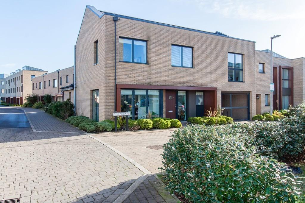 4 Bedrooms Detached House for sale in Corn Lane, Trumpington