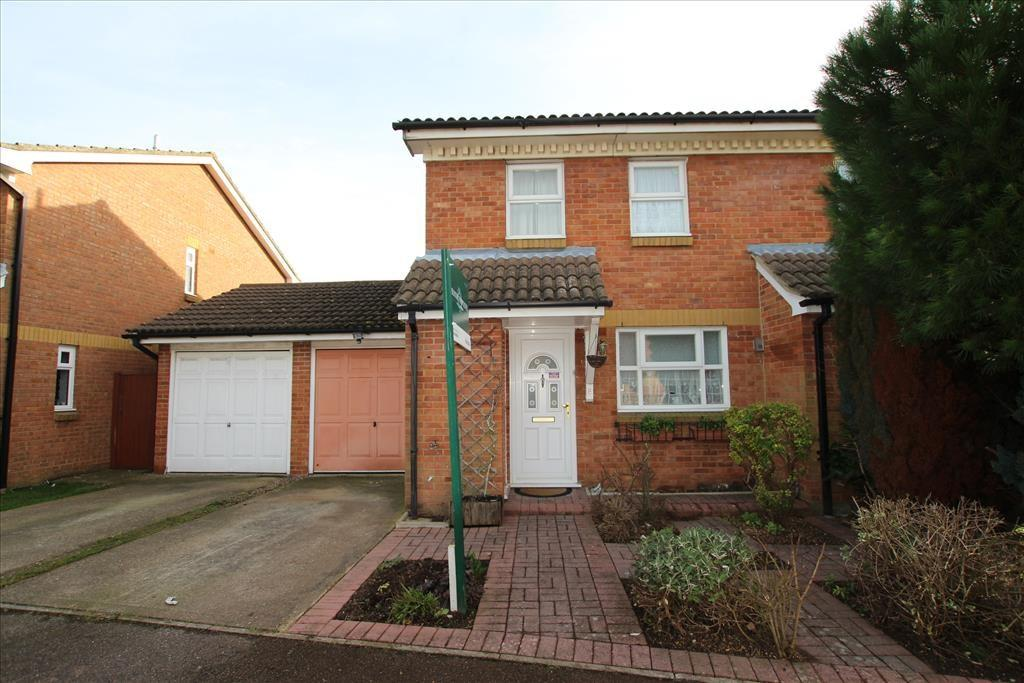 3 Bedrooms Semi Detached House for sale in Constantine Place, Baldock, SG7