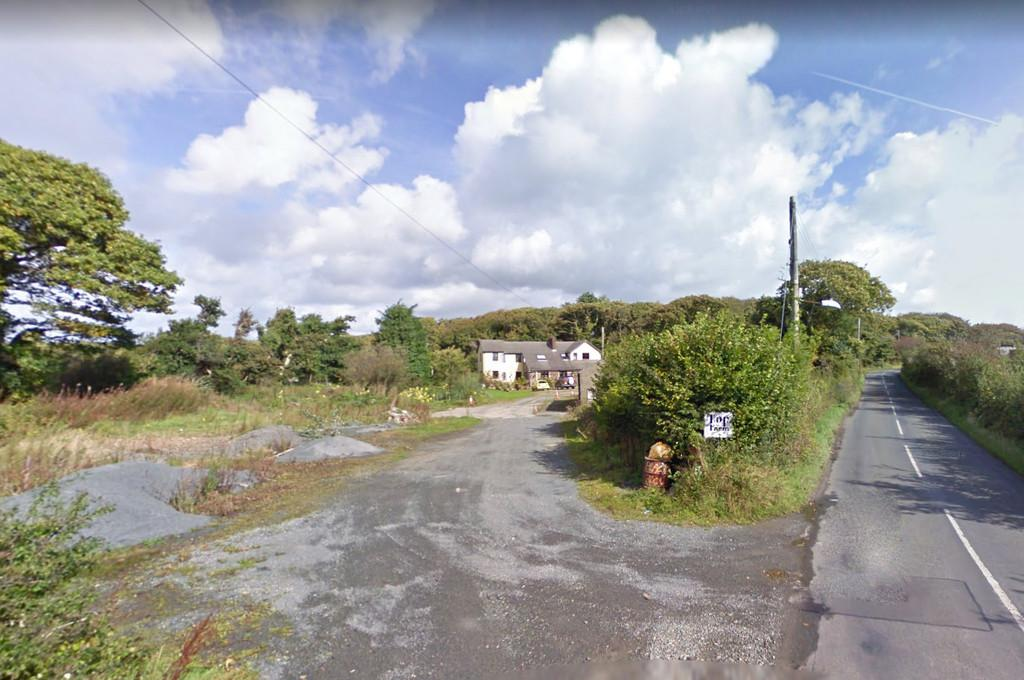 Land Commercial for sale in Building Plot, at Top Farm