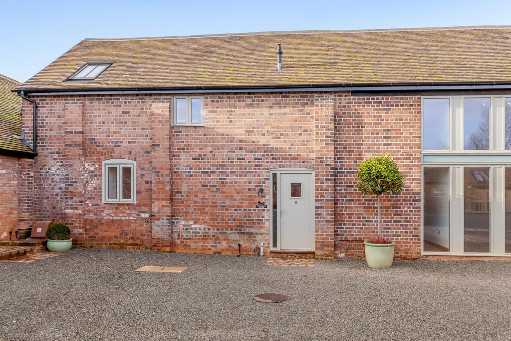 3 Bedrooms Barn Conversion Character Property for sale in The Wyke, Shifnal